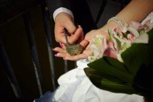 Гравировка на свадебных замках