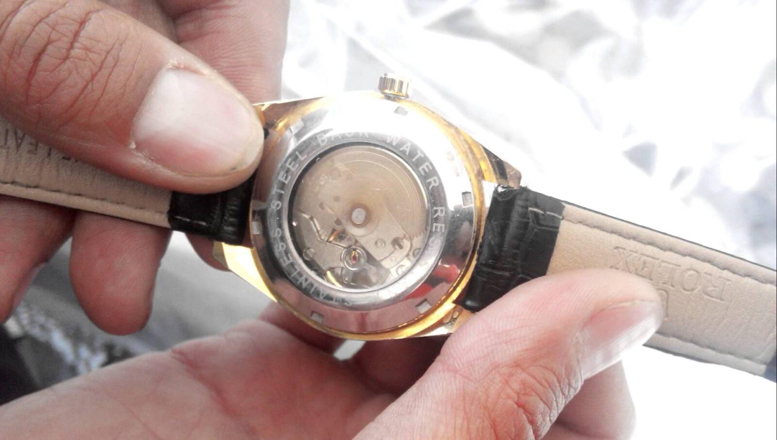 Ремонт наручных часов в Москве