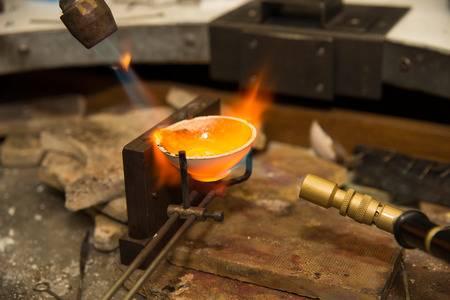 Переплавка золота и серебра в Москве